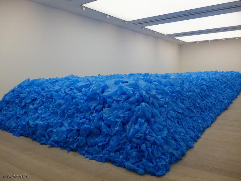 """""""Tout doit disparaître!/Everything Must Go!"""" -  2014  -  97.000 blue plastics bags."""